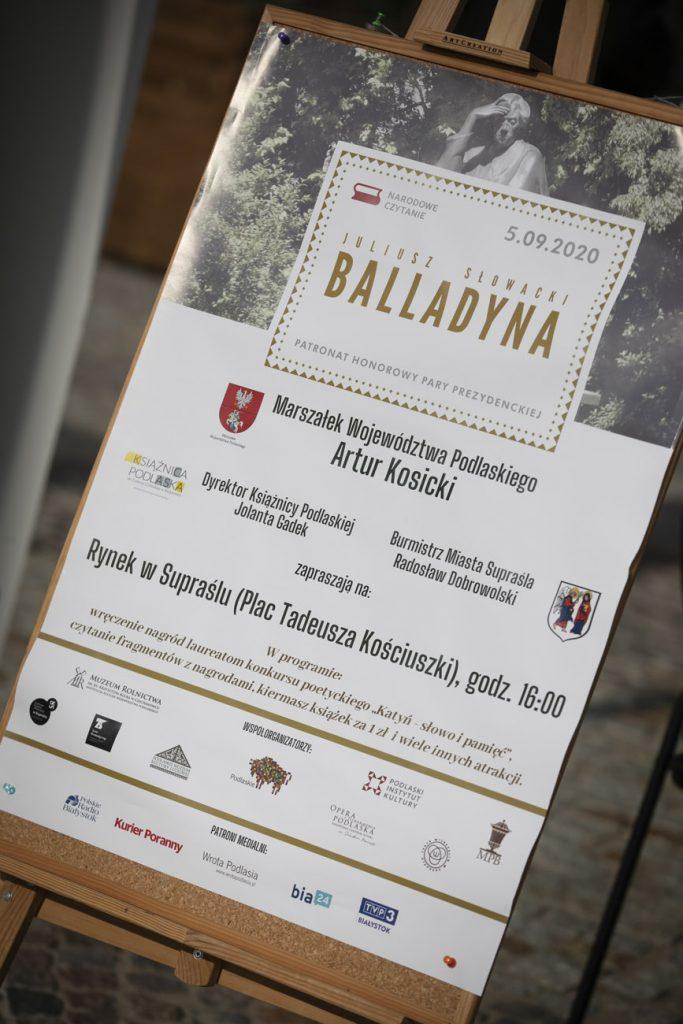 """Plakat promujący wydarzenie """"Narodowe Czytanie"""" Balladyny J. Słowackiego 05.09.2020r. w Supraślu."""